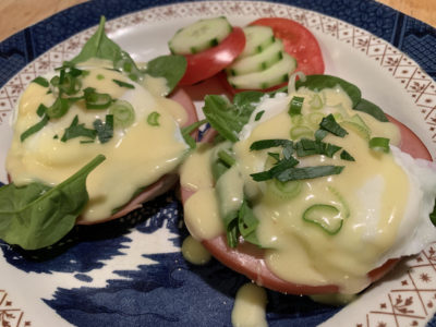 Eggs benedict with veggies